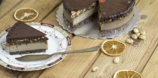 полезна сурова торта от rawcakes.bg